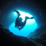"""""""现代哥伦布""""发现了史上最深海底洞穴"""