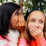 如何与9至12岁孩子谈论秘密