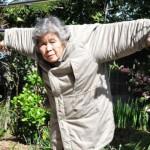 玩自拍玩到开摄影个展的 89 岁日本阿嬷,老了的你更该懂得尽情玩乐