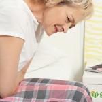 她上腹痛以为胃病 没想到竟是这病引起