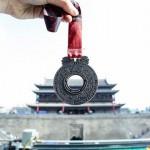 西安国际马拉松赛体验升级 新一届冠军饱览历史与未来的城市光彩