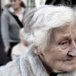 分离将近七十年的母子终于聚首