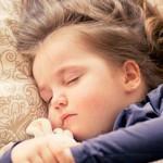 训练孩子与父母分房睡