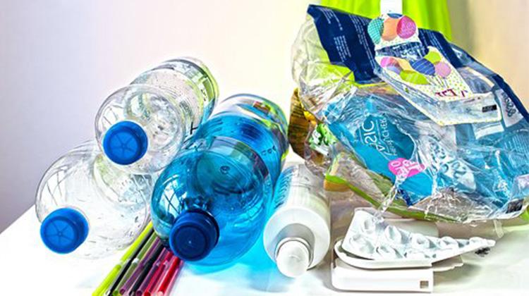 plastic-waste-3962409__340