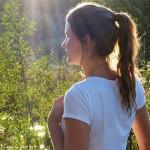 当青少年对自己的外表感到焦虑时该怎么办?