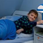 学生睡觉规律有助于提高成绩