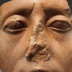 为何雕像的鼻子都是破损的?