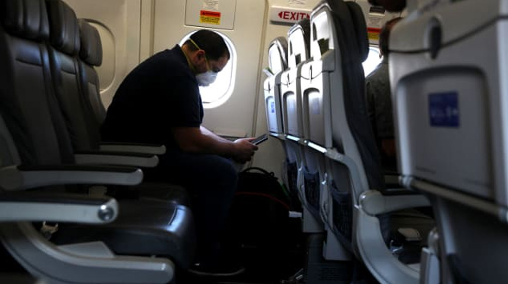 坐飞机容易被病毒传染吗?