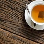 喝含咖啡因的热茶可能会降低青光眼的风险