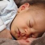 如何让宝宝睡过夜?