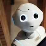 协助应对疫情的机器人