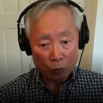 83岁的乔治·武井每天做100下伏地挺身