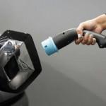 电动汽车新纪元 极速充电只要5分钟